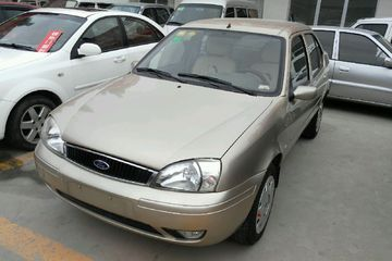 福特 嘉年华三厢 2004款 1.6 手动 基本型