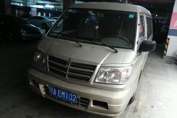 东南 得利卡 2005款 2.0 手动 精明者型8座
