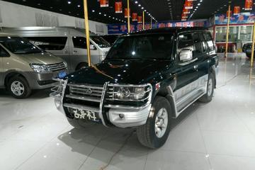 猎豹 黑金刚 2009款 2.4 手动 舒适型后驱