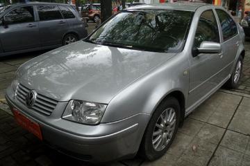 大众 宝来三厢 2005款 1.8 自动 舒适型