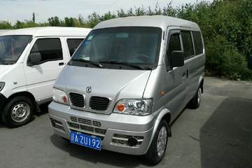 东风小康 小康K07 2006款 1.0 手动 AF1006 5-8座