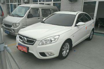 北汽绅宝 绅宝D50 2015款 1.5 手动 舒适超值导航版