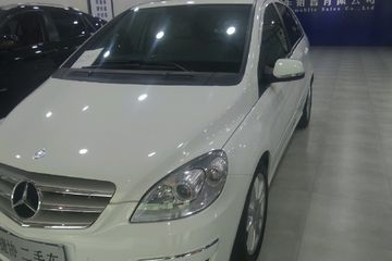 奔驰 B级 2009款 2.0 自动 B200豪华型