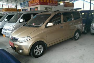 五菱 宏光 2010款 1.2 手动 6430K舒适型7座