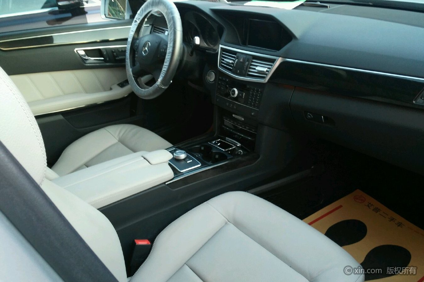奔驰e级三厢 2009款 3.0 自动 e300时尚型
