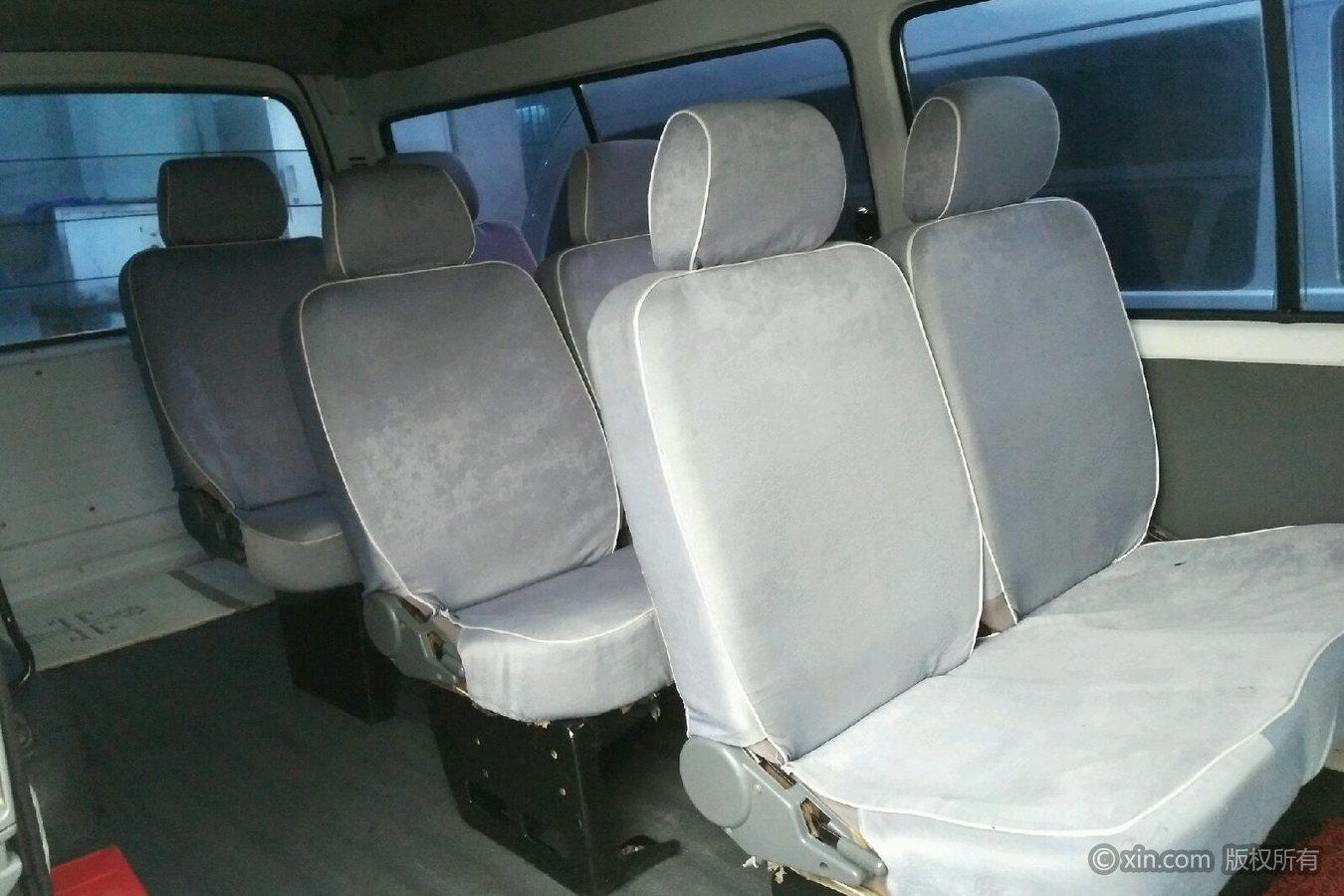 福田 风景爱尔法 2009款 2.0t 手动 快运9座 柴油