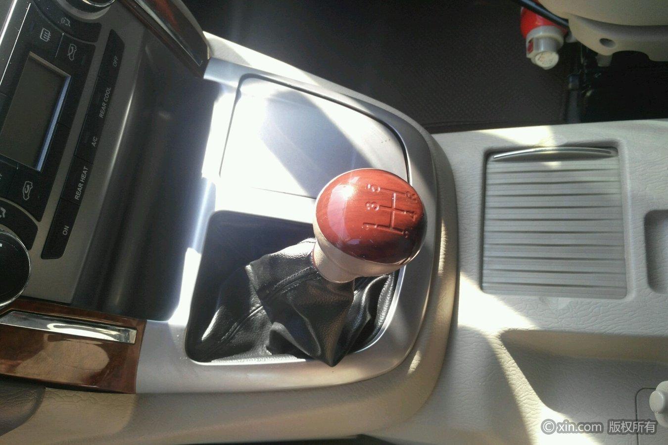 福田 风景g7 2015款 2.0 手动 商运版长轴高顶4q20m