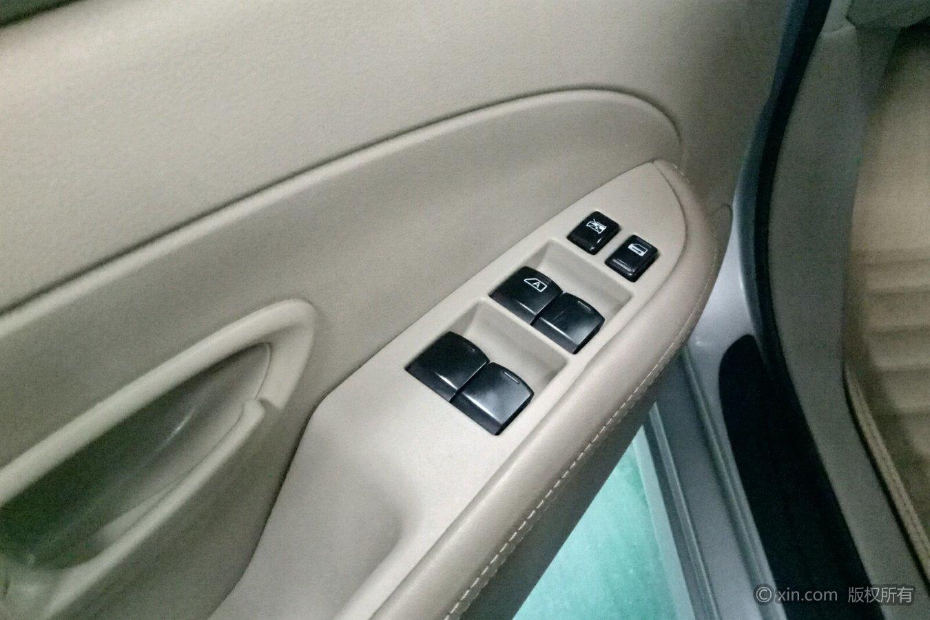 日产 轩逸 2012款 1.6 自动 xe舒适版经典款全价7.90万