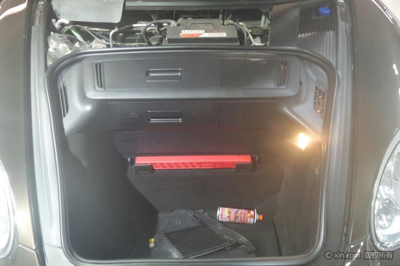 保时捷Boxster发动机