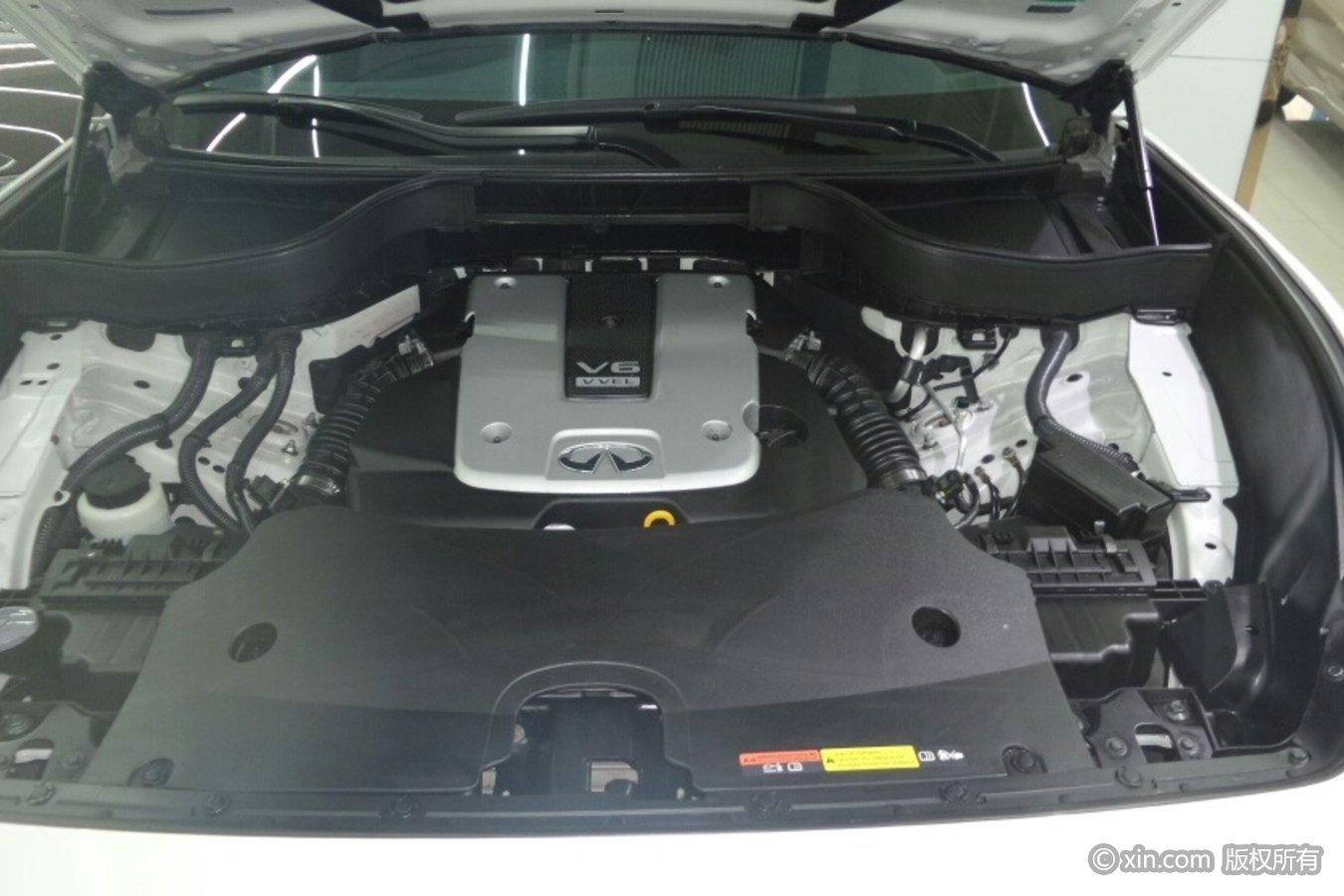 英菲尼迪QX70发动机