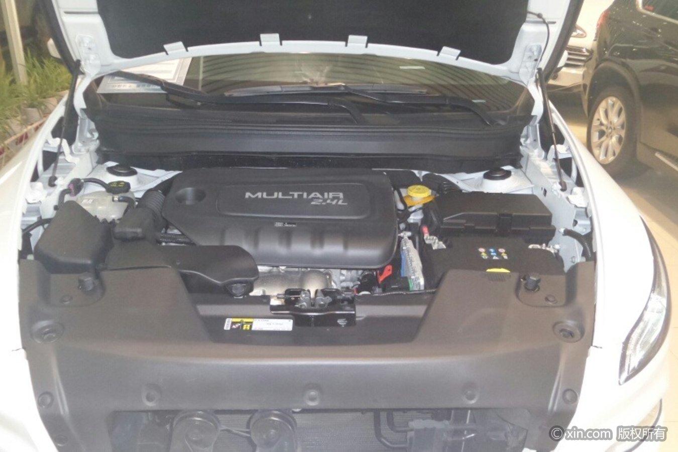 Jeep自由光发动机