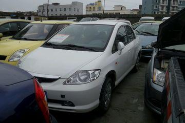 本田 飞度三厢 2003款 1.3 自动