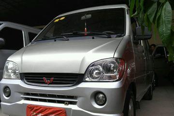 五菱 五菱之光 2010款 1.0 手动 新版实用型短车身8座后驱